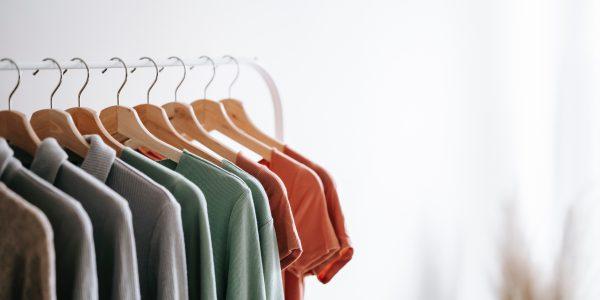 Kilka pomysłów na przechowywanie ubrań